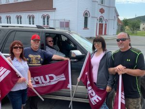 Former Placentia mayors Bill Horgan and Wayne Power Jr. with CUPE members